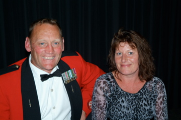 RSM 2/1 RNZIR WO1 James and Vanessa Moohan [Binning]