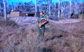Pipe-major 6RAR Christmas morning FSPB Picton [Young]